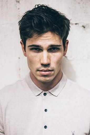 Image of Tanner Novlan