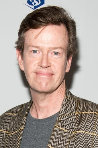 Dylan Baker alias Dr. Curt Connors