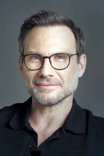 Christian Slater alias Tech-No