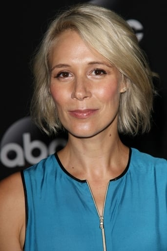 Image of Liza Weil