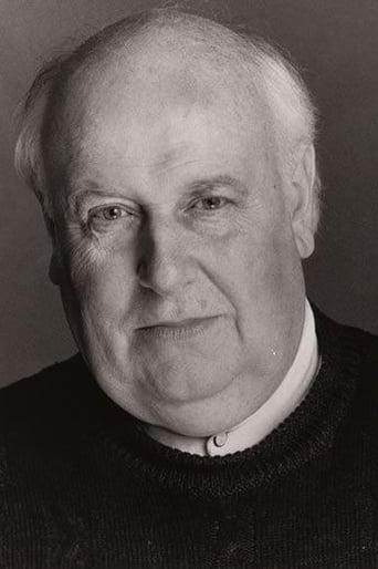 Image of Roger Hammond