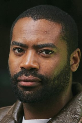 Nicholas Pinnock alias SHIELD Tech