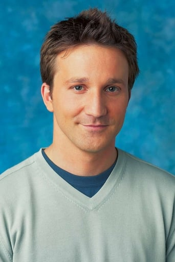 Breckin Meyer alias Ray Peyton Jr.