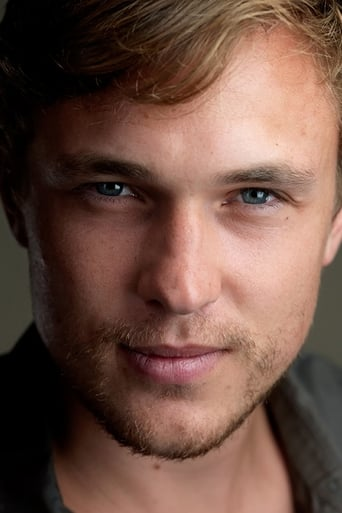 William Moseley isPrince Liam