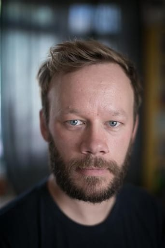 Image of Felix Hayes