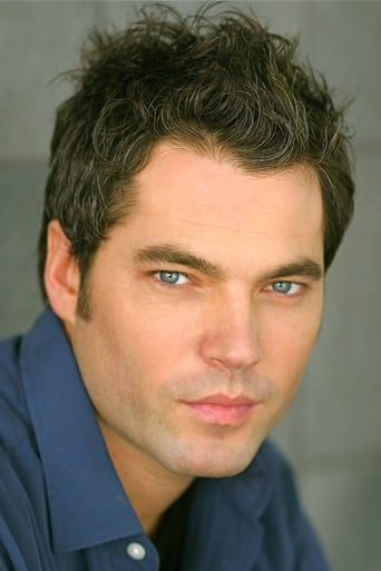 Image of Tim Rozon