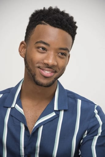 Image of Algee Smith