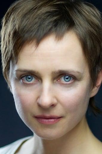 Image of Verity Hewlett