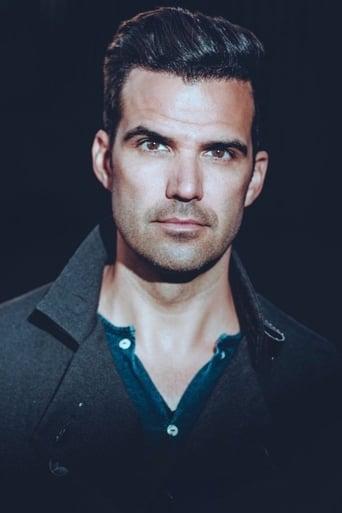 Image of Benjamin Ayres