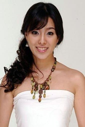 Image of Choi Woo-Ri