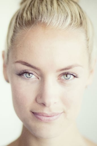 Image of Rachel Skarsten