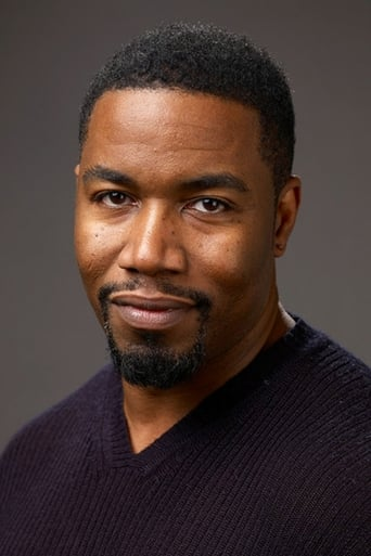 Michael Jai White alias Jesse Freeman