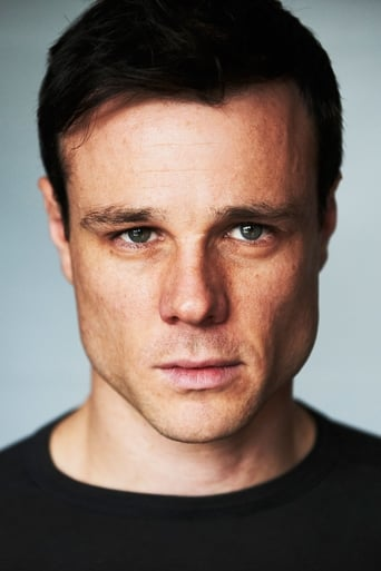 Image of Rupert Evans