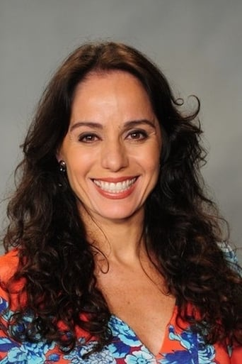 Image of Cláudia Mauro