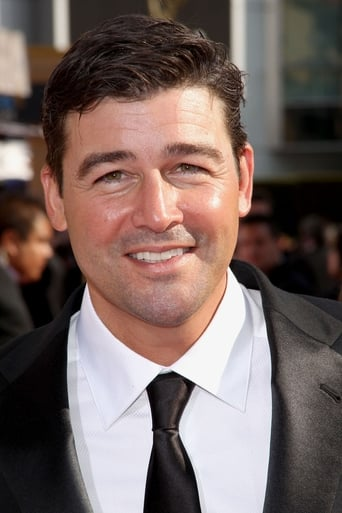 Image of Kyle Chandler