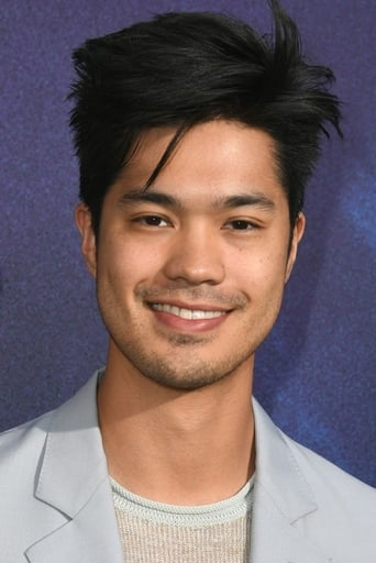 Image of Ross Butler