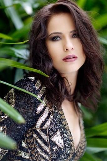 Image of Luiza Valdetaro