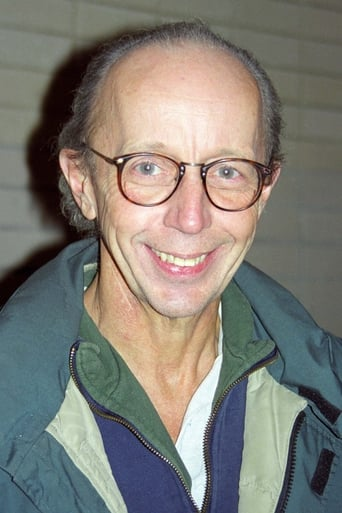 Image of Max Wright