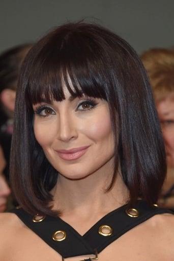 Image of Roxy Shahidi