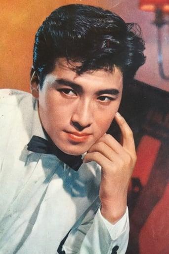 Image of Akira Takarada