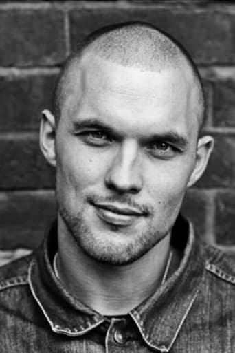 Image of Ed Skrein