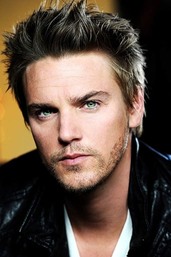 Image of Riley Smith