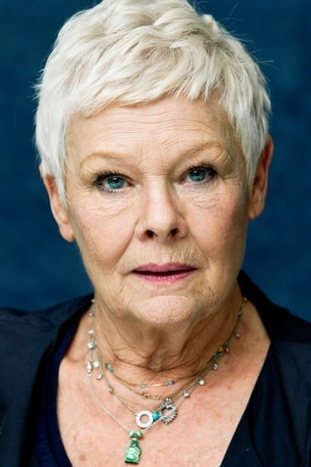 Judi Dench alias Eleanor Lavish