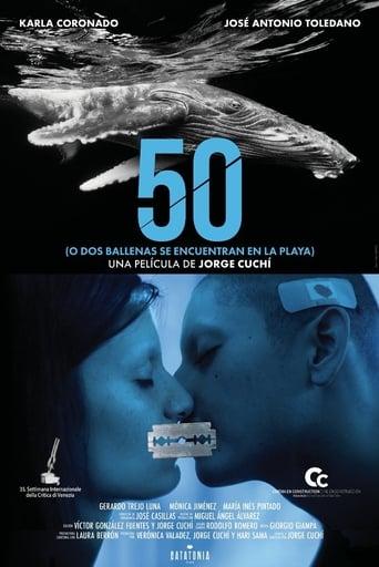 50 o dos ballenas se encuentran en la playa