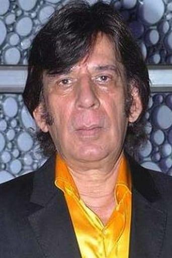 Image of Razak Khan