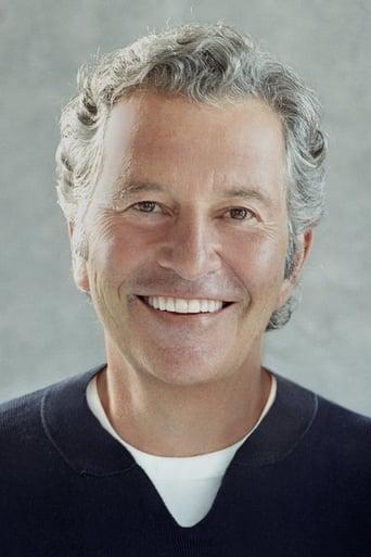 Image of Robert Shaye