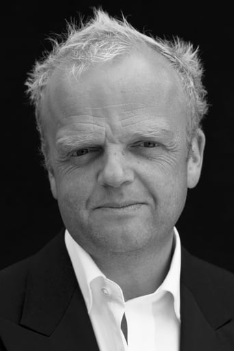 Toby Jones alias Dr. Arnim Zola