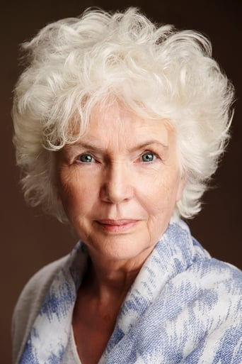Fionnula Flanagan alias Evelyn Mercer