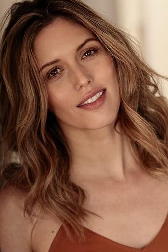 Image of Kayla Ewell