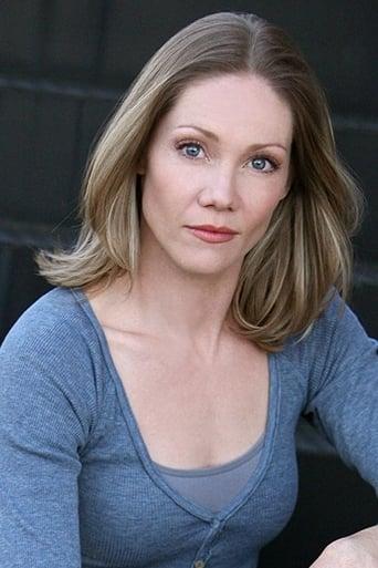 Image of Nikki Tomlinson