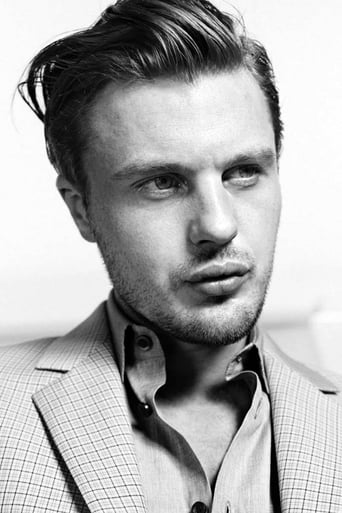 Image of Michael Pitt