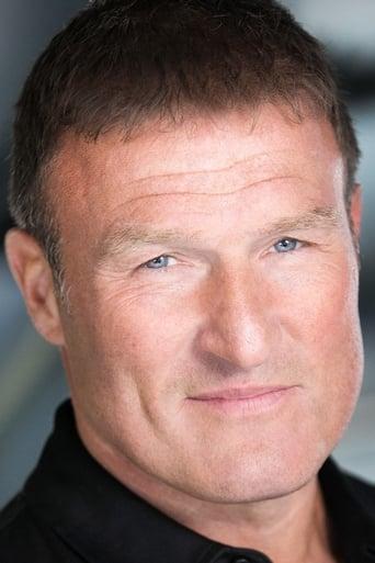 Image of Derek Lea