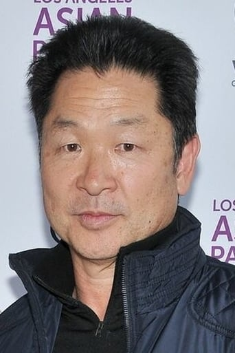 Image of Simon Rhee