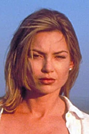 Image of Kylie Travis