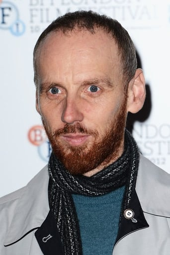 Ewen Bremner alias King James VI