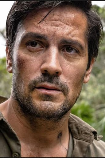 Image of Michael Landes