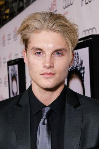 Image of Toby Hemingway