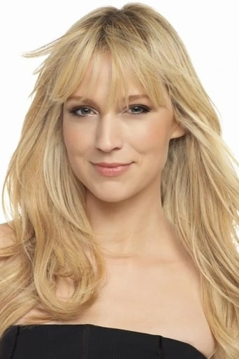 Beth Riesgraf alias Mother in Store