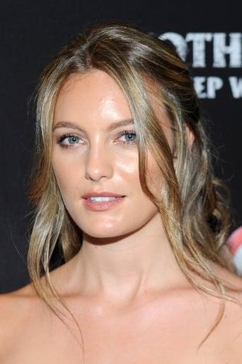 Leila George Profile photo
