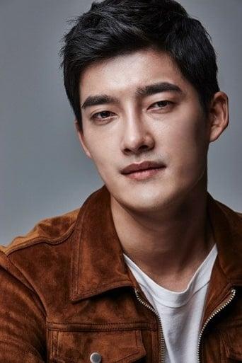 Image of Ahn Seong-bong