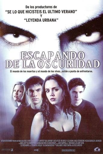 Poster of Escapando de la oscuridad