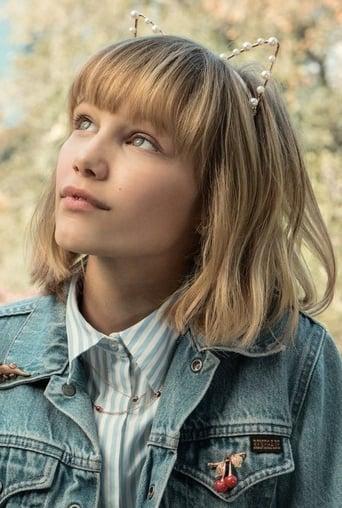 Image of Grace VanderWaal