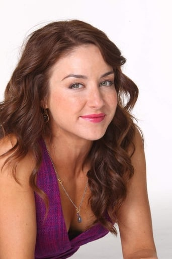 Image of Erin Karpluk