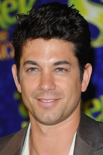 Adam Garcia alias Italian Fan