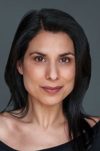 Laara Sadiq
