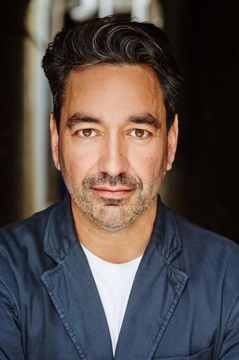 Image of Alex Papps